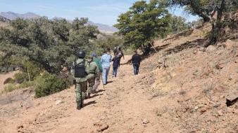 El colectivo de Madres Buscadoras de Sonora acompañados para su seguridad por elementos de la Guardia Nacional se trasladó hasta la colonia La Mesa para continuar con la búsqueda de personas desaparecidas.