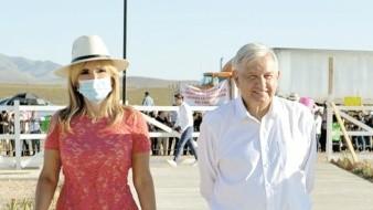 La gobernadora Claudia Pavlovich Arellano acompañó en su gira al presidente Andrés Manuel López Obrador.