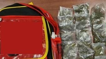 Pareja narcomenudista usaba a su nieto de 3 años para repartir droga; los detienen