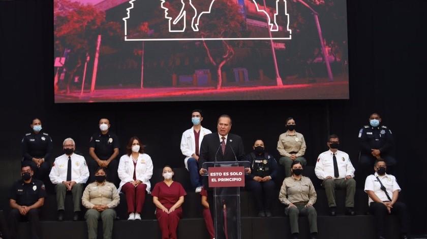 El alcalde Arturo González Cruz dijo durante su informe que se trabaja para brindar mayor seguridad a Tijuana.(Gustavo Suárez)