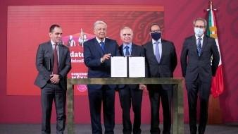 El tren México-Querétaro tuvo su primera versión pública del análisis costo-beneficio en abril de 2014, elaborado por la empresa Modelística y entregado a la Secretaría de Comunicaciones y Transportes.