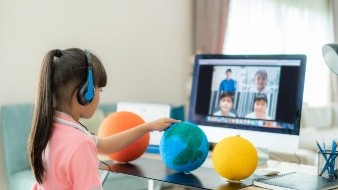 La nueva modalidad de enseñanza exige implementar diversas dinámicas para mantener la atención de los alumnos