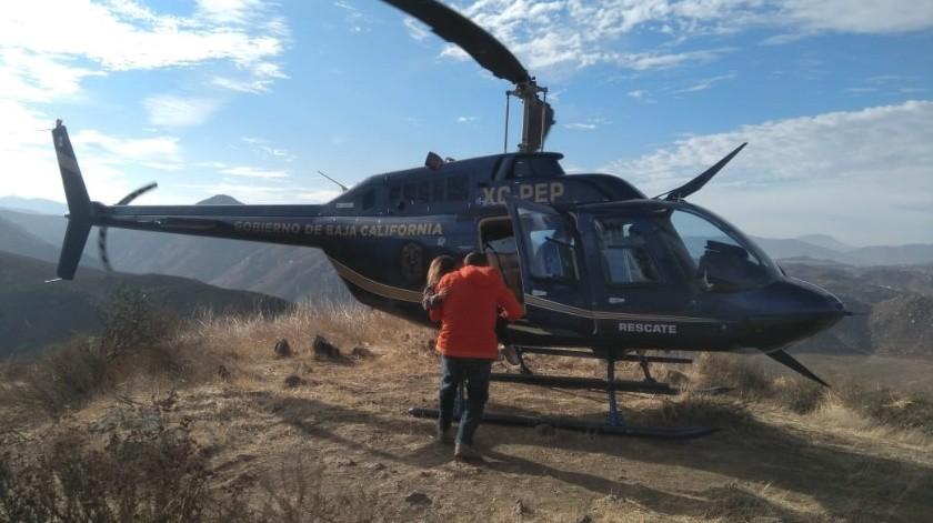 Los menores fueron rescatados en helicóptero.(Cortesía)