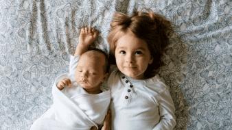 ¿Cómo explicarle a tu hijo mayor la llegada de un nuevo hermano?
