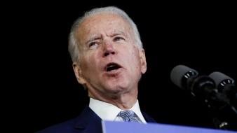 El candidato demócrata a la Presidencia de Estados Unidos, Joe Biden, tiene el apoyo del 63 % de los posibles votantes latinos, comparado con un 29 % que se inclina por la reelección del presidente Donald Trump, según una encuesta publicada este viernes por el Centro Pew