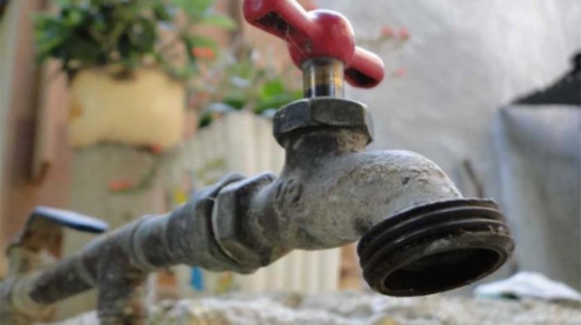 50 mil, los usuarios que han resultado afectados por la falta de agua el pasado miércoles.(Banco Digital)