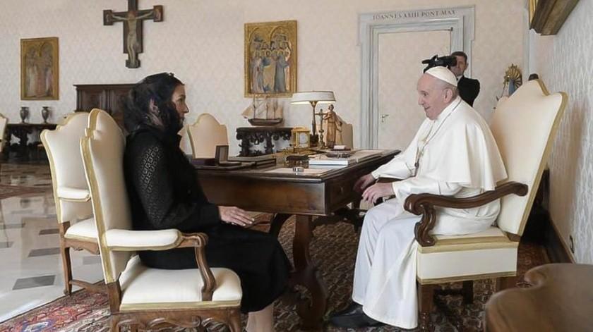 Beatriz Gutiérrez Müller se reunió con el Papa Francisco en el Vaticano.(Especial)