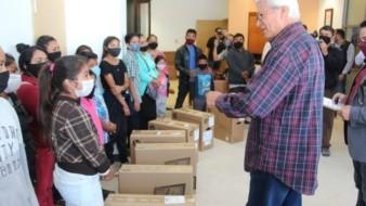 Presenta Gobernador programas sociales para familias