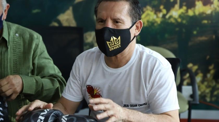 El ex campeón Julio César Chávez dio detalles de la campaña.(Sergio Ortiz)