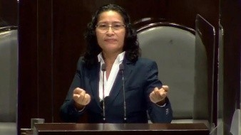 VIDEO: En pleno debate de la Cámara, diputada confiesa ¡