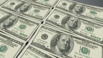 """Se """"planta"""" el peso frente al dólar y gana terreno"""