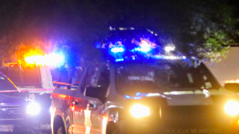 A pocos metros de distancia vio a un hombre sangrando que corrió hasta el interior de su casa, desplomándose en la sala.(Especial)