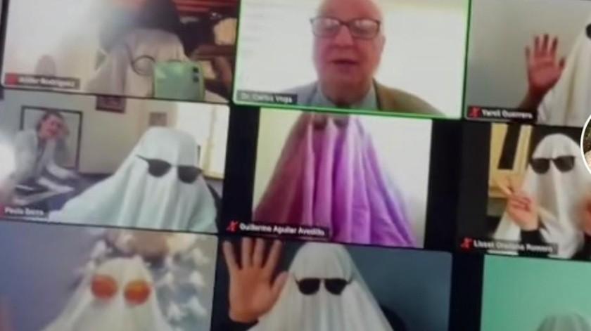 Sorprenden alumnos a docente al aparecen disfrazados, durante clase en línea(Tomado de a red)