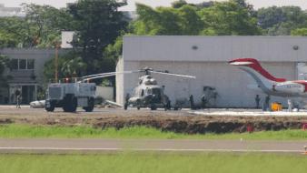 Tres heridos en aeropuerto de Villahermosa tras desplome de helicóptero