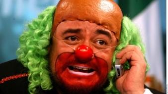 Senador defiende a Brozo por llamar