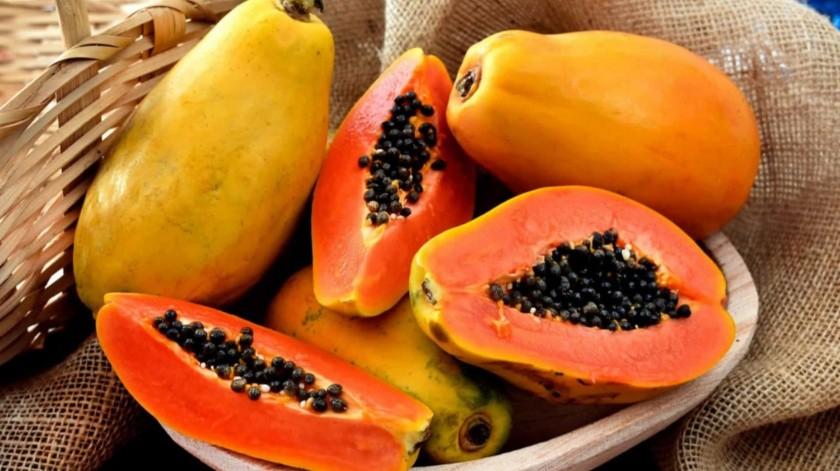 La papaya contiene enzimas curativas que te pueden ayudar a tratar quemaduras solares e irritaciones.(Tomada de la red)