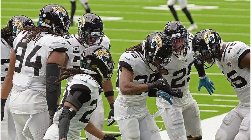 ¡Un brote abismal! Jaguars colocan a 19 jugadores en la lista de reserva/covid-19(Instagram @jaguars)