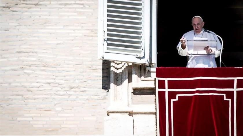 El pontífice reflexionó de este modo ante los fieles que atendían sus palabras desde la plaza de San Pedro.(EFE)
