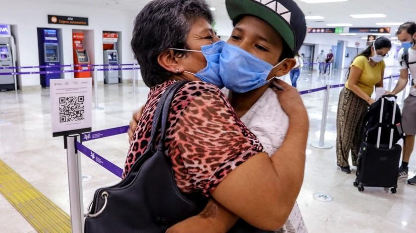Ángel Leonel Corral, de 15 años de edad, perdió su brazo izquierdo hace tres años al sufrir una descarga eléctrica.