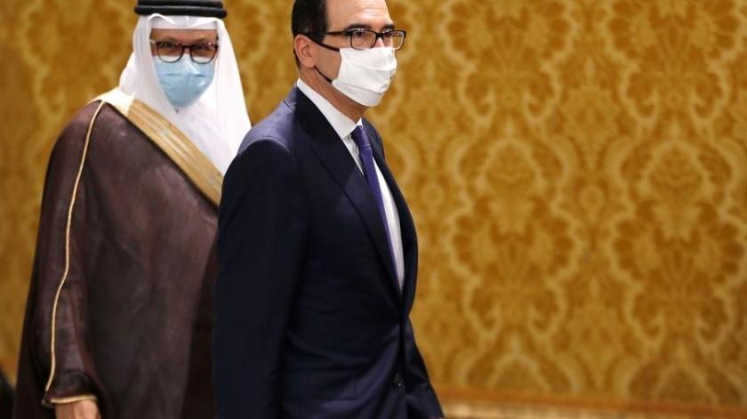 En un acto en Manama, el ministro de Exteriores bareiní, Abdulatif bin Rashid al Zayani, el asesor de Seguridad Nacional de Israel, Meir Ben Shabat y el secretario del Tesoro de Estados Unidos, Steven Mnuchin, sellaron el establecimiento.(EFE)