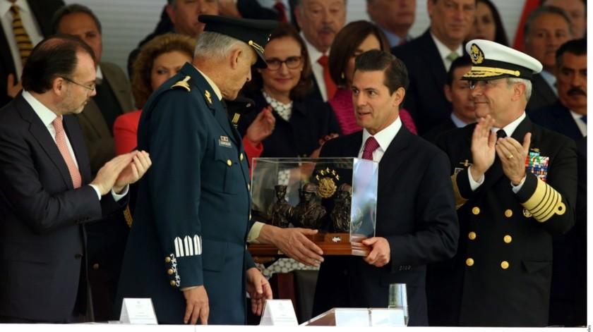 """""""El Chapo"""" habría entregado una lista a las autoridades de Estados Unidos de las personas que alguna vez loayudaron a mantener el imperio de tráfico de drogas en México."""