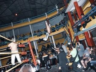 Príncipe Aéreo se sumó a la lista de luchadores que mueren sobre el ring