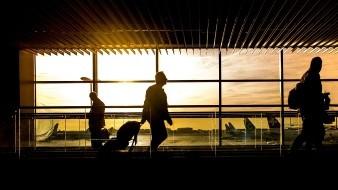 Sin vuelos Bolivia tras huelga de empleados de aeropuertos