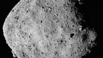 La nave espacial Osiris-Rex entró en contacto con el asteroide Bennu, en un esfuerzo para recolectar fragmentos de roca, según anunció la NASA este martes.