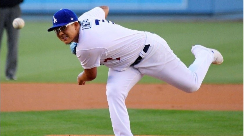 Julio Urías abrirá por los Dodgers el sábado.(Archivo)