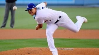 Julio Urías abrirá por los Dodgers el sábado.