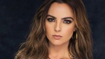 Se dice que de confirmarse su participación, Mariana Torres podría trabajar a lado de Carlos Ferro, como protagonista y Mariana Martin, como la villana de la trama.