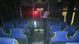 Pasajeros someten y disparan a ladrones en autobús de Edomex; tres mueren