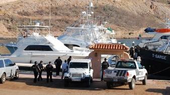 El cuerpo de la joven fue llevado a la Marina de San Carlos para su traslado a una funeraria habilitada como Semefo