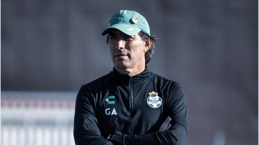 Guillermo Almada amenaza que Santos irá por todo a la Liguilla(Instagram @clubsantos)