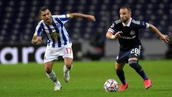 Jesús Corona jugó 69 minutos en el triunfo del Porto.