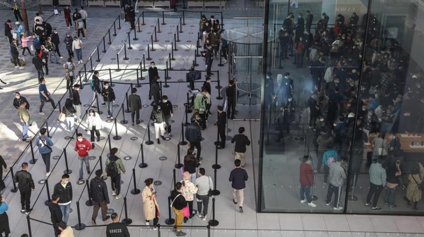 Sólo del 1 al 7 de octubre, Wuhan recibió casi 19 millones de turistas convirtiéndose así en la ciudad más visitada de China.(EFE)