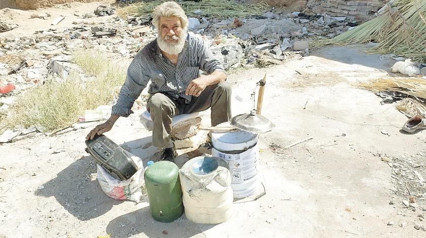 Luis Enrique Ruiz Camacho, de 57 años de edad, tiene ya 40 años fuera de su hogar y anhela ver a su familia que está en El Dorado, Sinaloa.(Gamaliel González)