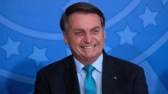 Bolsonaro da marcha atrás a decreto que privatizaría el sistema de salud en Brasil, ante fuertes críticas