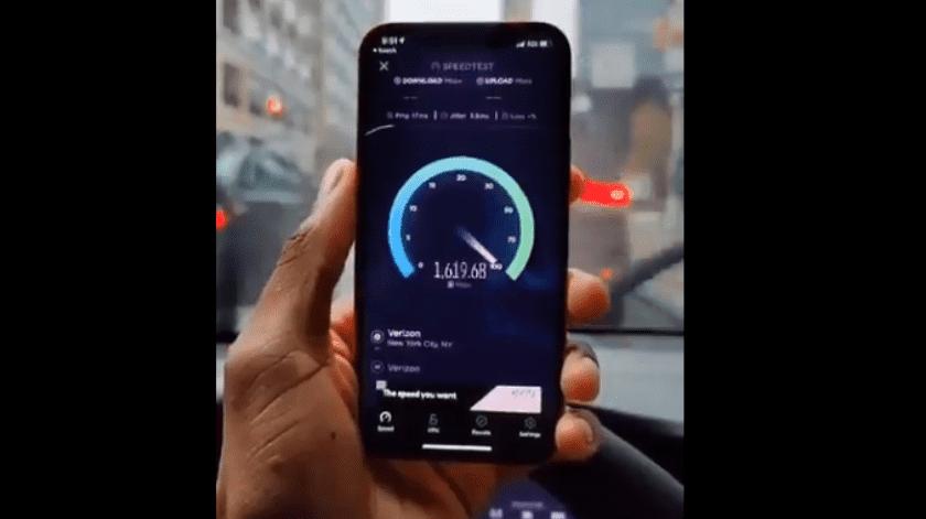Un usuario de Internet subió un video de la impresionante velocidad de descarga que alcanza el nuevo iPhone 12 en la red5G.