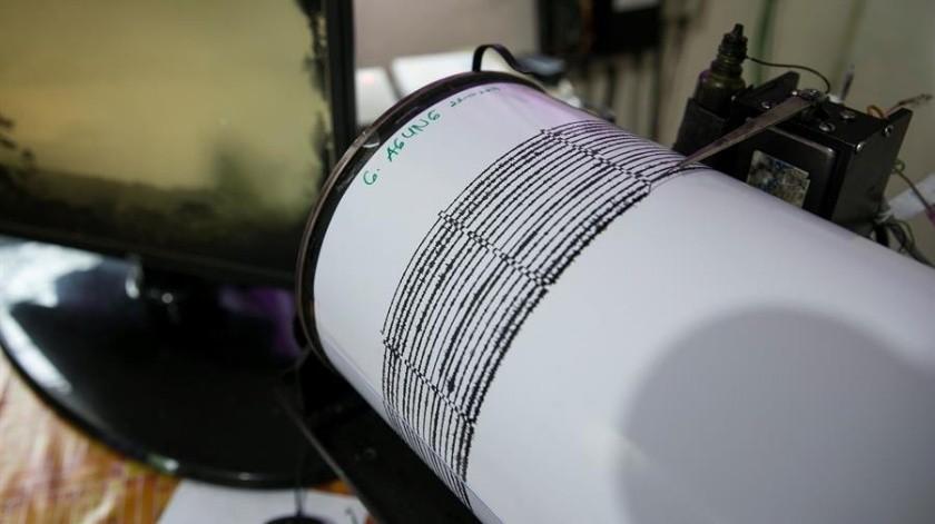 Chile sacudido por fuerte sismo de 6.2 grados(EFE)