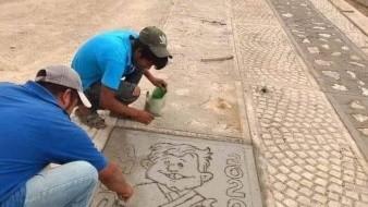 Los pobladores de Oaxaca imprimieron la cara de AMLO en el camino que construyó para agradecerle