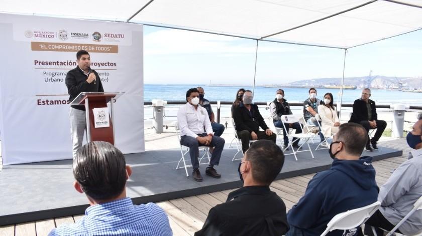 El alcalde Armando Ayala Robles dijo que las obras son para mejorar los entornos y con ello la calidad de vida de la población.(Cortesía)