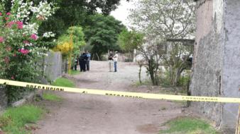 Un hombre sin vida y con varios impactos de balafue localizado por sus familiares al interior de su domicilio la mañana de este sábado,en Estación Corral