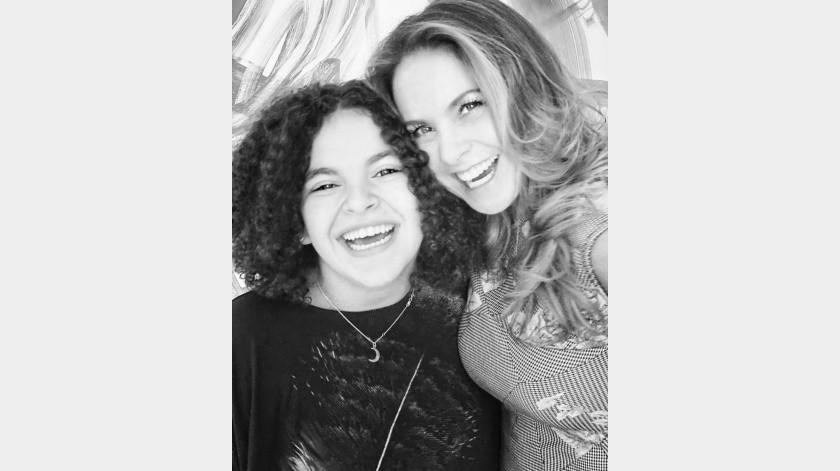 Lucero sorprendió a sus seguidores al cantar a lado de su hija(Instagram)