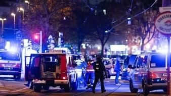 Uno de los tiroteos se produjo cerca de una sinagoga, que estaba cerrada cuando comenzó el ataque sobre las 20:00hora local.