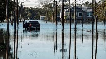 Los científicos analizaron los huracanes del Atlántico Norte que tocaron tierra en el último medio siglo y vieron que durante el primer día se debilitaron casi dos veces más lentamente ahora que hace 50 años.