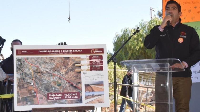 Armando Ayala, alcalde de Ensenada, informó también que se realizaron obras de pavimentación.(Cortesía)