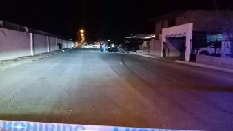 Muere hombre tras derrapar 47 metros y chocar contra barda