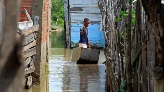 Las organizaciones humanitarias están apresurando al máximo sus operaciones en Centroamérica ante la llegada del nuevo huracán Iota y tras verificar que las víctimas del anterior huracán, Eta, son varias veces más de lo que se estimaba y la posibilidad de que se forme un tercer huracán