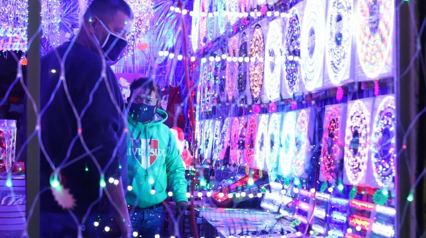 Comienza la venta de artículos de Navidad(Archivo)